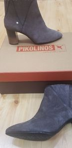 Pikolinos Grey Ankle Boot